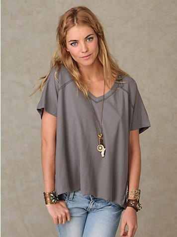 Short Sleeve Voluminous V-Neck Tee