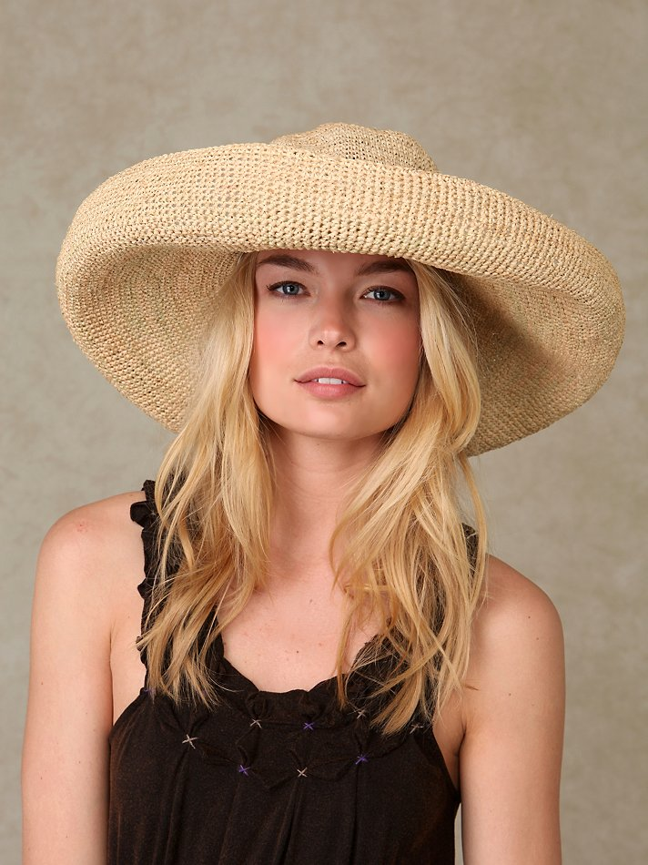 Giant Brim Straw Hat at Free People Clothing Boutique :  sunhat sun hat straw hat hat