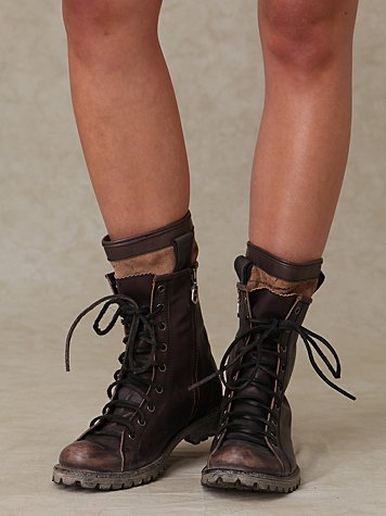 Link Lace Up Camp Boot
