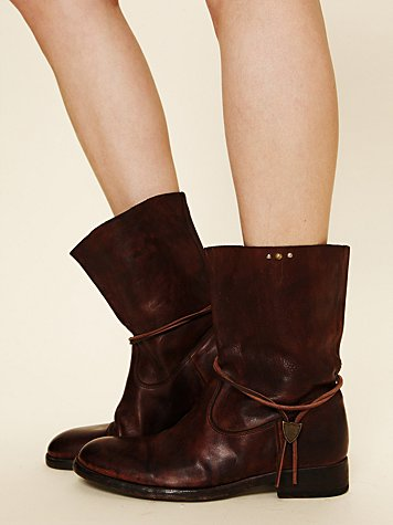 Hollywood Trading Company HTC Sienna Leather Boot