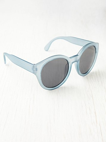 Free People Round Plastic Sunglasses