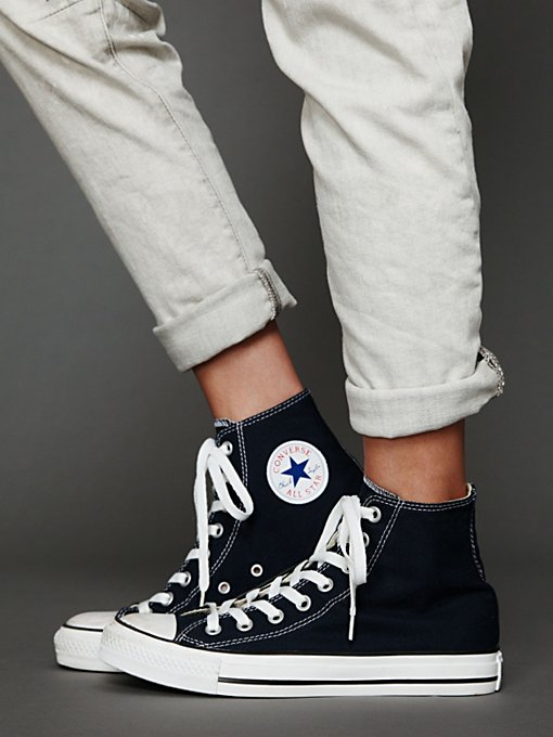 Joey Converse in shoes-sneakers