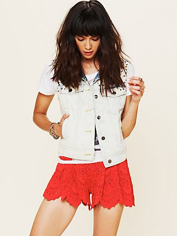 Spanish Lace Short