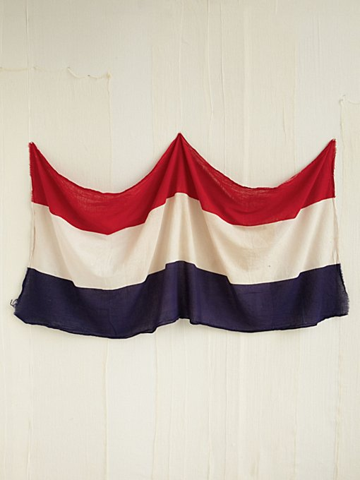 Vintage Netherlands Flag in vintage-loves-objects