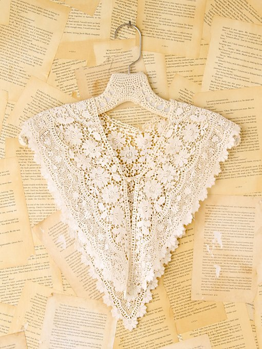 Free People Vintage Scalloped Crochet Collar in Vintage-Accessories