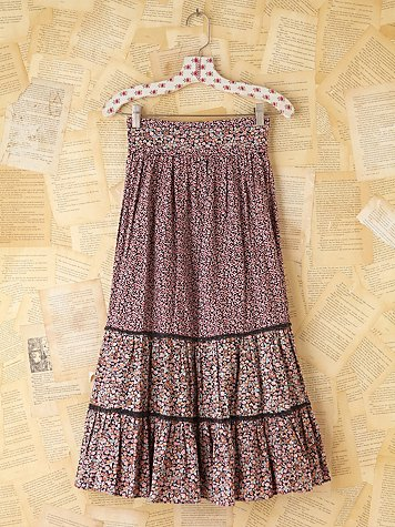 Vintage Floral Printed Tiered Skirt