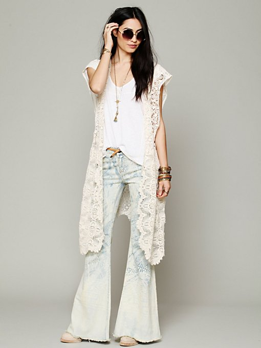 Kite and Butterfly Paris French Lace Cape in beach-scarves
