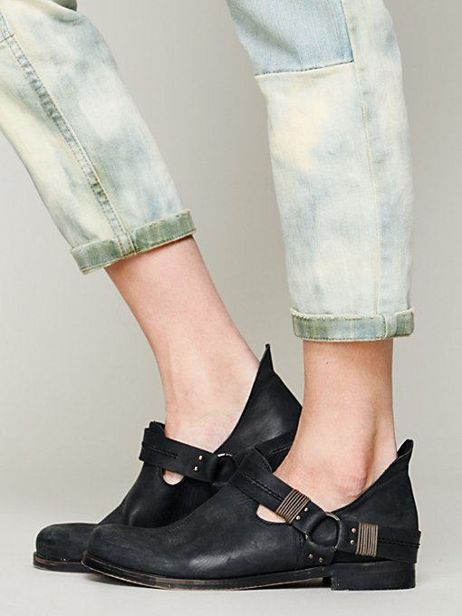 Mandalyn Ankle Boot in flats-loafers
