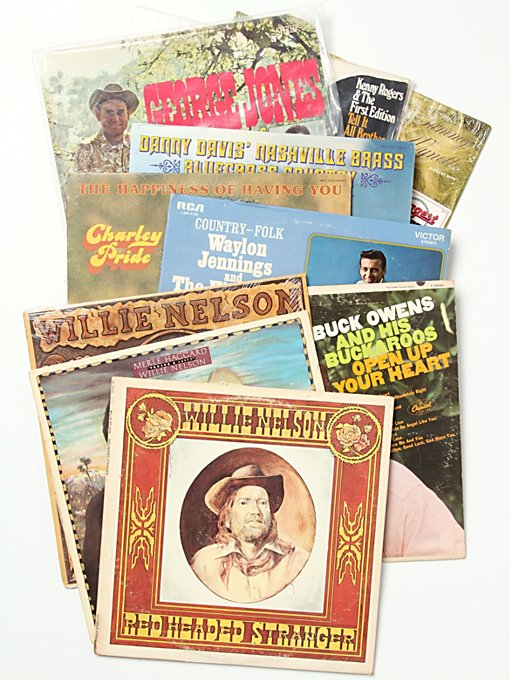 "Free People Vintage ""Country"" Collection of Records in Vintage-Objects"