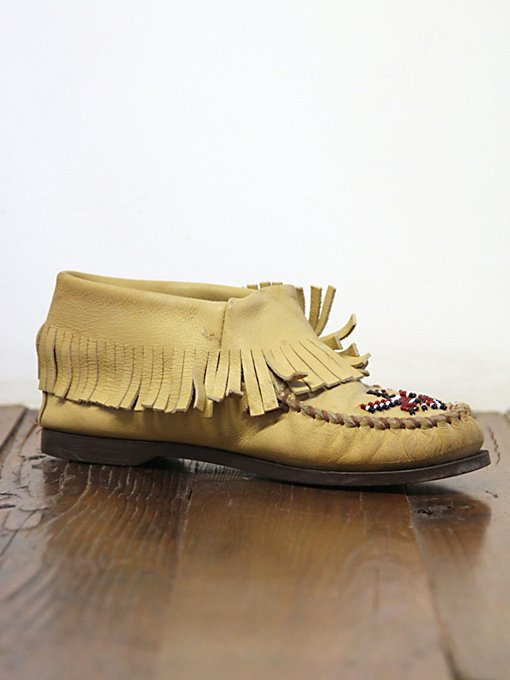 Vintage Minnetonka Moccasin Boots in vintage-loves-shoes