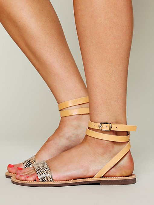 Isapera Giana Sandal in Sandals