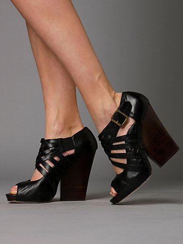 Rayne Ankle Wedge :  wedge wedges fashion black